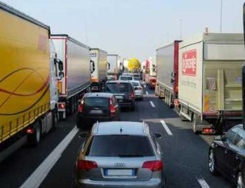 ¿Cuánto pagaron de más los transportistas por el cártel de camiones?